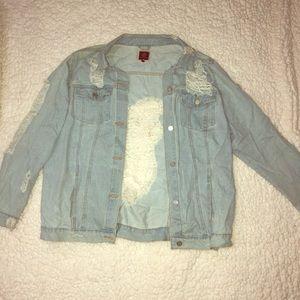 Distressed jean jacket SIZE: XL